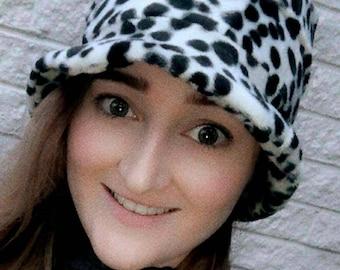 Dalmation Print Short Faux Fur Bucket Hat-Fleece Lining