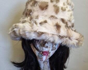 Soft Pink Leopard Faux Fur Bucket Hat-Festival Hat-Floppy Hat-Fur Hat-Fake Fur Hat-Rave Hat-Animal Print Fur Hat- Fuzzy Bucket Hat-Leopard