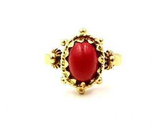 VINTAGE CORAL RING 18K Yellow Gold Red Coral Etruscan Revival Ring 6 1/4