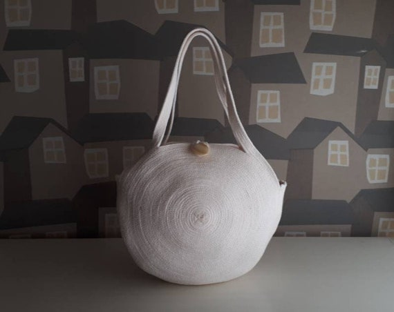 BY ORDER ONLY: Medium Round Off White Basket Bag, Monochrome Basketbag, French Style Basket Bag, Handmade Rope Bag