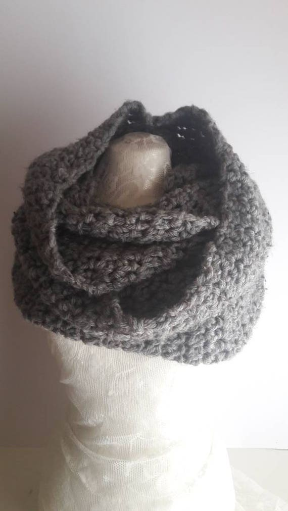 Unisex Crochet Shawl, Handmade Wool Scarf, Chunky Grey Tweed Crochet Wool Loop