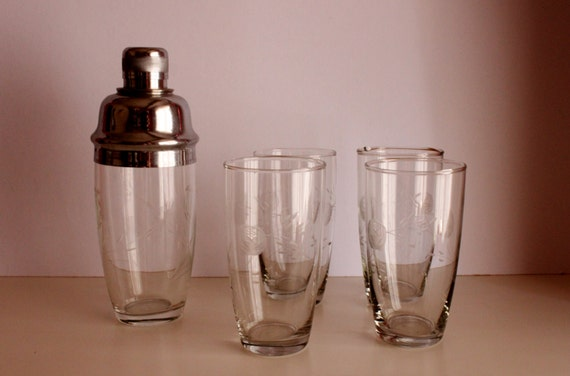 Set of 4 Crystal Glasses with Shaker, Handcrafted Vintage Crystals, 30's-40's Shaker and Glasses Set