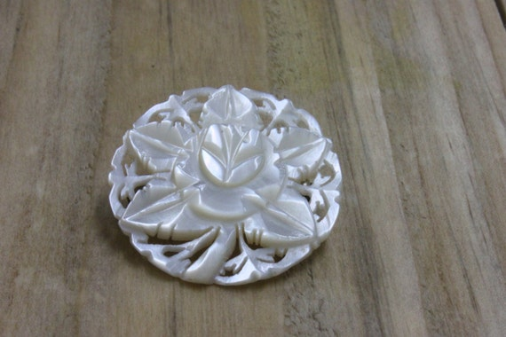 CARVED VINTAGE 80's BROOCH, Mother of Pearl Vintage Brooch