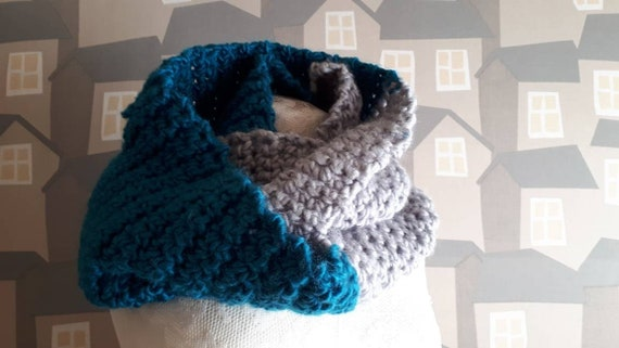 Unisex Crochet Scarf, Two Coloured Snoot, Handmade Wool Scarf, Chunky Turquise and Grey Crochet Wool Loop