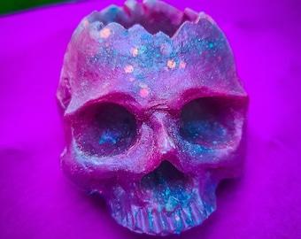 Trixie Skull / Succulent Planter / Skull Décor / Candle Holder / Small Planter /  Resin Skull / Glitter Skull / Air Plant Holder