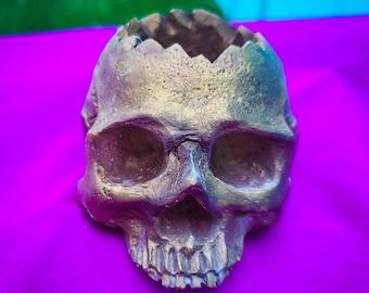 Disco Gold Skull / Succulent Planter / Skull Décor / Candle Holder / Small Planter /  Resin Skull / Glitter Skull / Air Plant Holder