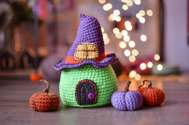 Crochet pattern pdf halloween house  pumpkin image 0
