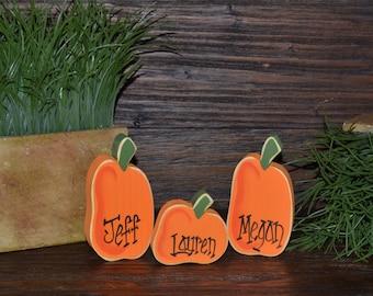 INDIVIDUAL Personalized Pumpkin Halloween Decor Thanksgiving Place Card Fall Decor Pumpkin Home Decor Primitive Pumpkin Gift Fall Decoration