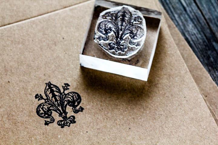 Small Fleur-de-lis Rubber Stamp