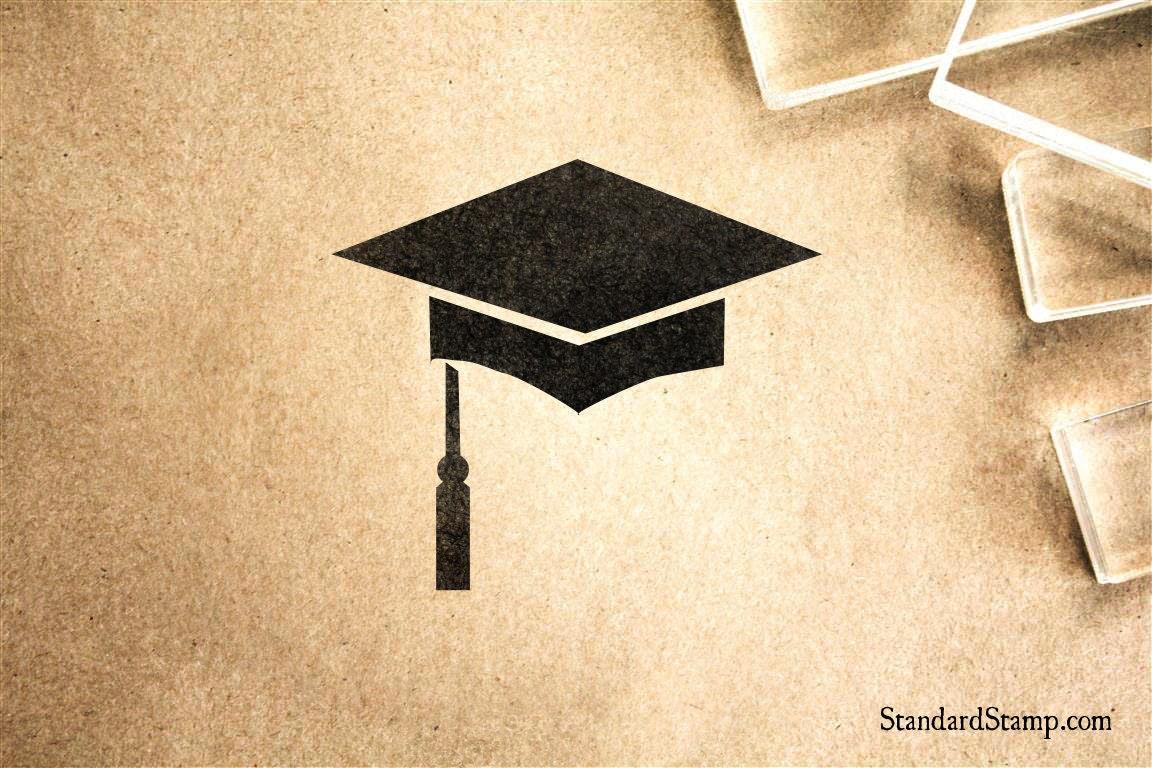 Chapeau de graduation tampon 1 - 1 x 1 tampon po + texte personnalisé c2f067
