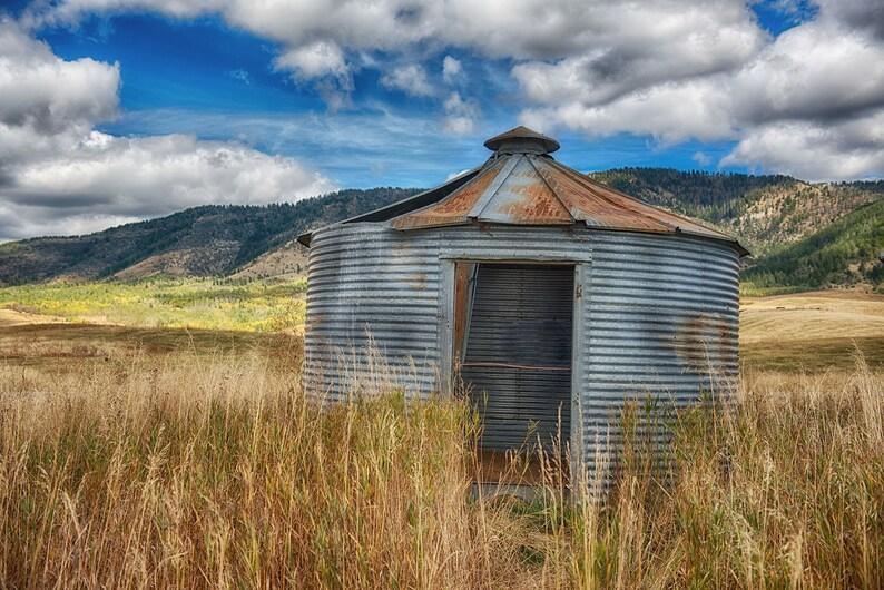 The Corn Crib Landscape Photography Forgotten Barn and Silos