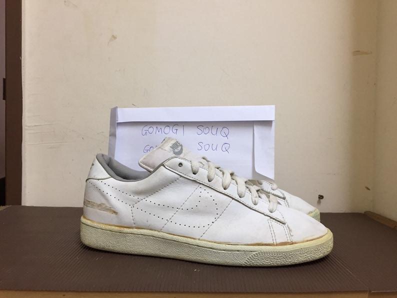 cd92b9eb57c4 Vintage Nike sneakers swoosh UK8 80s 90s ocenia cortez korea