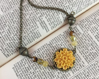 Fall Nature Necklace with Acorns and Harvest Yellow Mum // Flower Jewelry // Gift Idea for Her