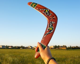 """Traditional BOOMERANG """"Kangaroo"""". Aboriginal Australians hunting style boomerang. Handcrafted, hand painted, outside games, games for adults"""