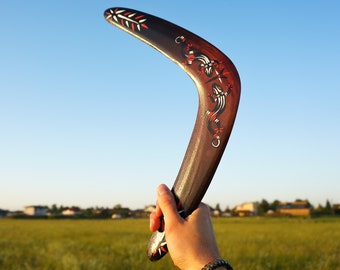 "Boomerang ""Lizard"". Returning Boomerangs for sale. Best boomerangs made of wood. Traditional type boomerang. Aboriginal style boomerang."