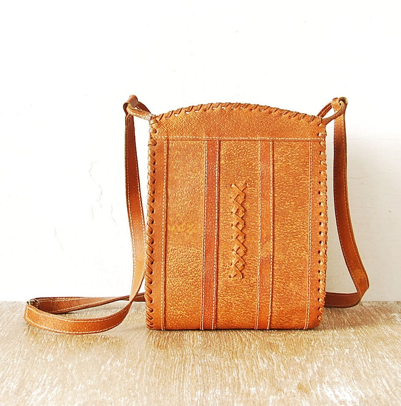 67d8c36daa2d 80s Leather Bag Leather Woman Handbag Medium Light Brown | Etsy