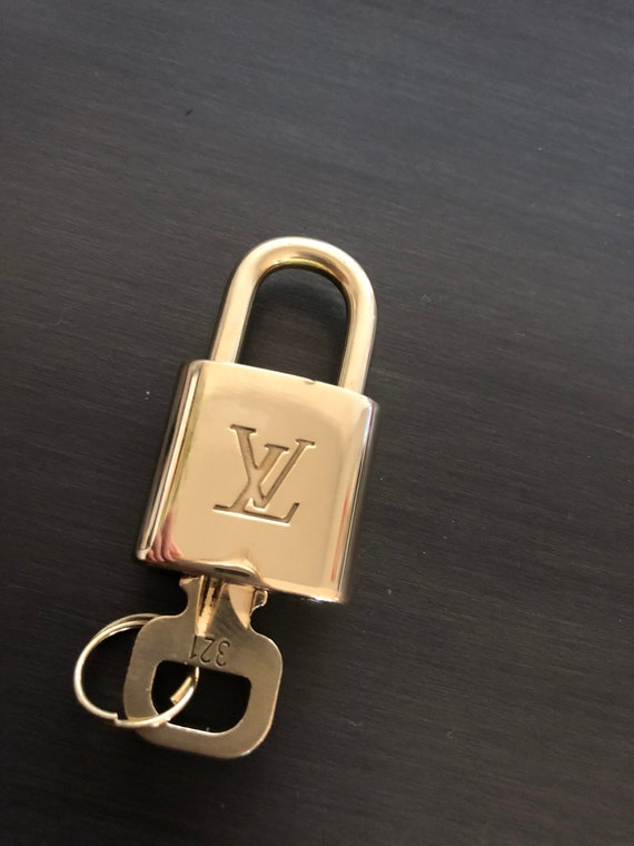 Louis Vuitton padlock and one key #321 lock brass