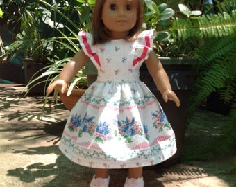 Dolls dress suitable for 18 inch American girl or Australian girl dolls.