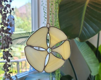 stained glass sand dollar suncatcher // ocean gift // outdoor lover gift // crafted by JOHN and ASTRID