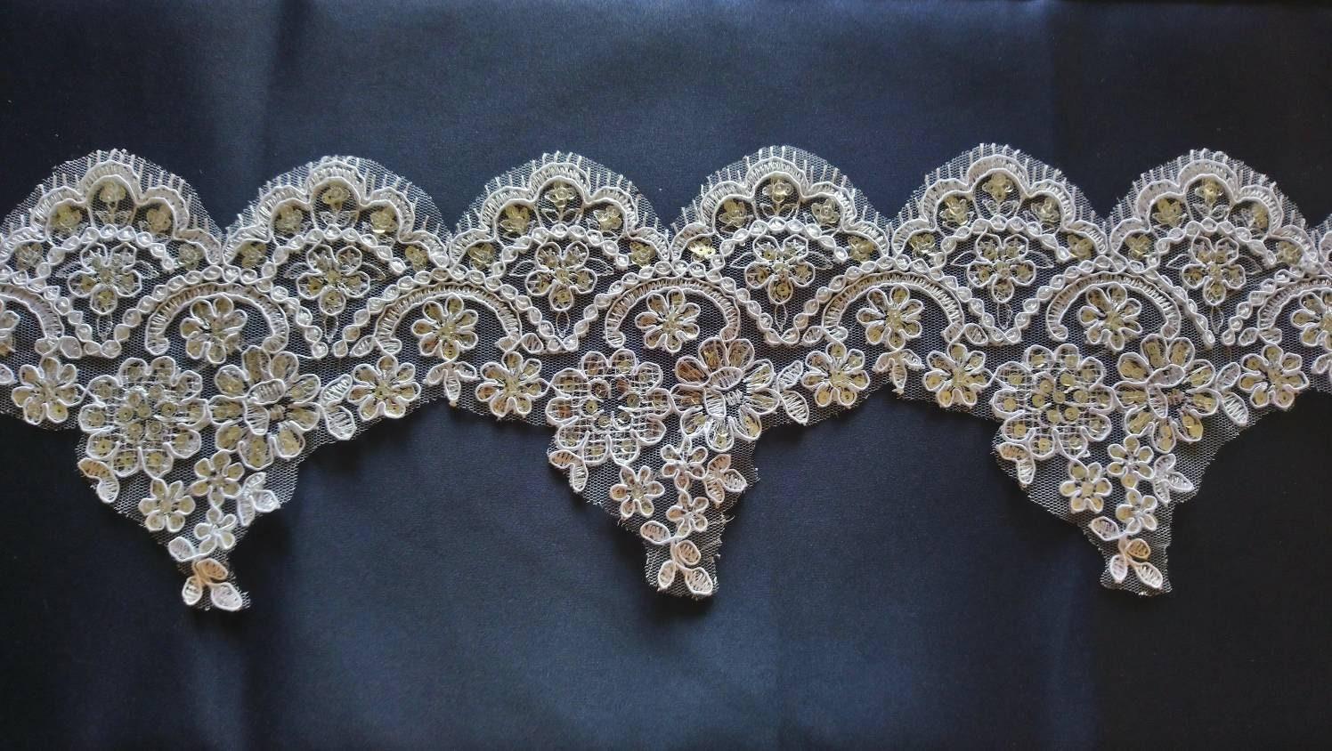 Dentelle fine pour robe ou lingerie 15 15 15 cm vendu au metre 382cdf