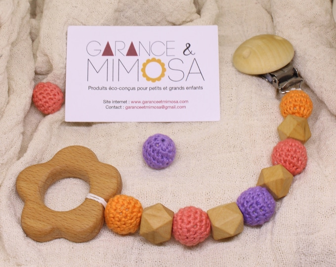 Sunny flower pacifier clip, organic and vegan wooden toy