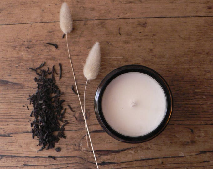 Featured listing image: Vanilla Rhubarb scented soywax candle