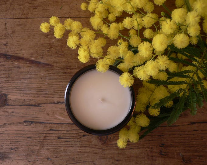 Featured listing image: Scented candle in a Jar - Pick your scent - vegetable wax
