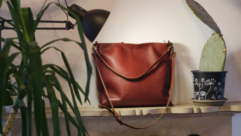 Woman red brown LEATHER CROSSBODY BAG image 0