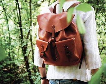 LEATHER BACKPACK from full grain tuscan leather, made in Italy