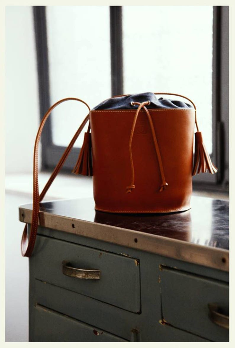 LEATHER BUCKET BAG woman bag image 0