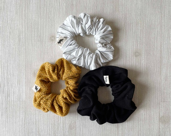 Scrunchies // White & Mustard // Set of Three Big Scrunchies // Made in Canada