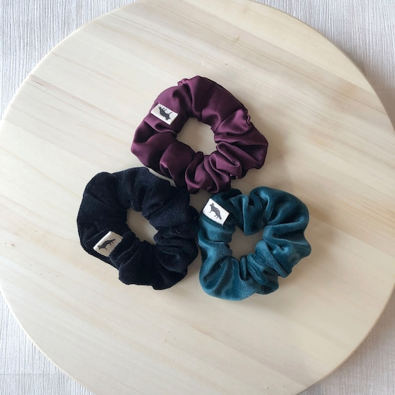 Scrunchies // Green & Burgundy // Winter MINI Scrunchie Set // Set of Three MINI Scrunchies // Made in Canada