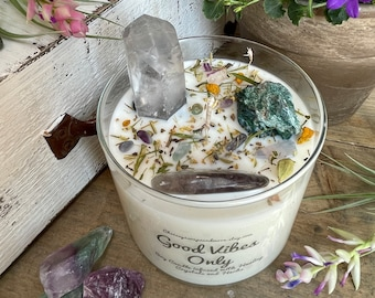 Good Vibes Only Crystal Candle - Soy Candle - Clear Quartz Pendant - Boho Pendant - Intention Candle - Mindfulness Gift - Self Care Gift
