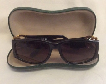 589c48c6d37f Vintage Sunglasses, Gold Logo and Black, PERFECT Condition