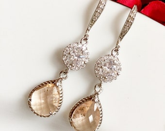 Silver peach earrings,light peach earrings,tear drop bridal peach earrings,peach crystal earrings,bridesmaid earrings,bridal wedding earring