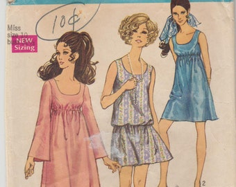 """Simplicity 8229 Misses' Jiffy Dress Size 10 Bust 32.5"""""""