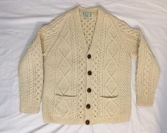 46b3fee5c9b782 Vintage 1970 s Cable Knit Cardigan with Pockets