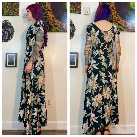 Vintage vintage 1990's Green and White Floral Max… - image 2