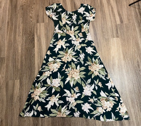 Vintage vintage 1990's Green and White Floral Max… - image 3