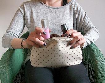 Linen Make Up Bag, Cosmetic Bag, Zipped and Padded Make Up Bag, Bag Organiser, Diaper Bag Organiser, Handmade UK Seller