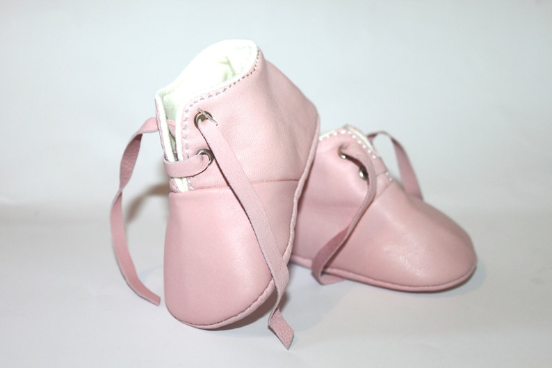 12-18 Months Slippers / Baby Shoes Lamb Leather Pastel Pink image 0