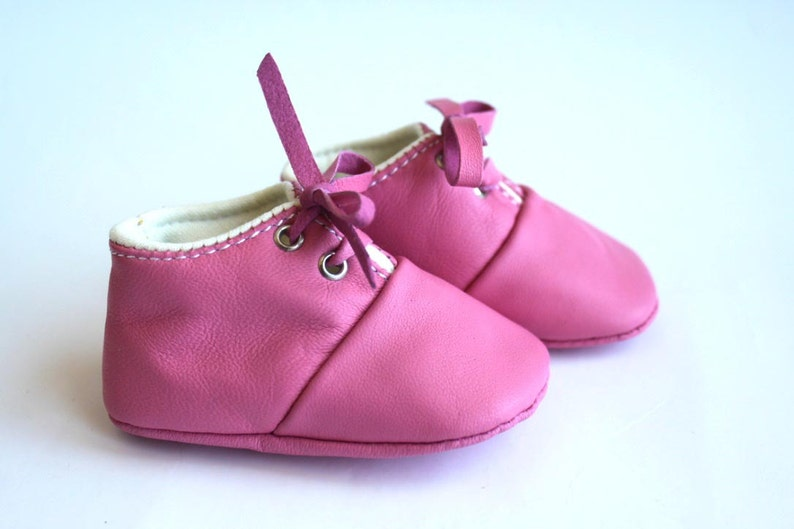 6-12 Months Slippers / Baby Shoes Lamb Leather pink image 0