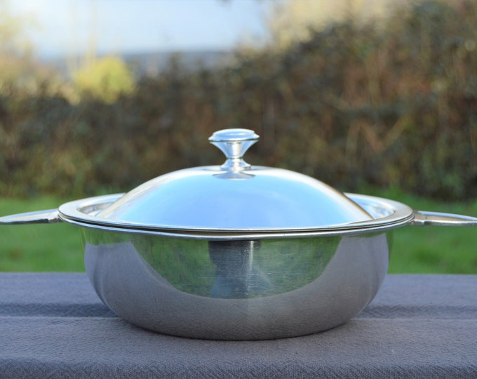Christofle 1931-1935 Silver Plated 'Metaille Blanc' Casserole Serving Dish Real Luxury Made by Christofle of Paris Special Serving Dish