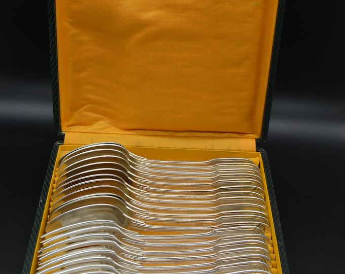 French Vintage 12 Forks 12 Spoons French Silver Plated Marked L M Cutlery Flatware Dessert Entremets et Gâteaux Service Boxed Fiddle Pattern
