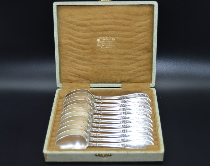 Cailar Bayard Twelve Teaspoons French Silver Plated Marked Boxed Vintage Calilar Bayard 1848-1934 Cutlery Flatware French Antique Tableware