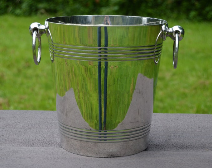 French Silver Plated Champagne Bucket or Wine Cooler Made in France Maker's Mark RM Monteillet, Raoul Seau de Champagne Ice Bucket