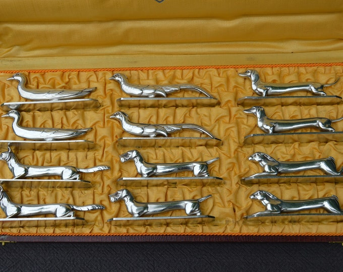 Twelve Knife Rests Animals Silver Plated Bronze Animaux Moderne Country Persuits Excellent Condition Tableware Flatware Marked AR 18gr Boxed