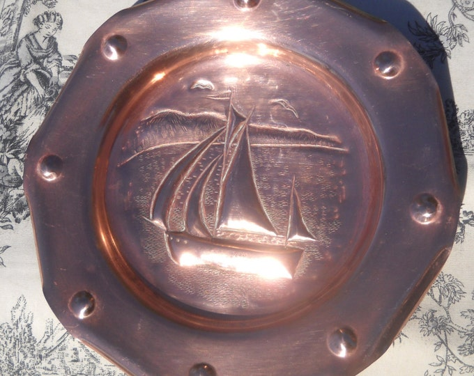 Arts and Crafts Hand Hammered Solid Copper Decorative Plate Sailboat All Hand Crafted 1900s Lovely Patina 'Newlyn' Style Stand Alone Piece