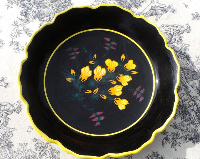 Henriot Quimper Hand Painted Signed Vintage French Ceramic Mussel Bowl Salad Bowl Bread Bol - Large Table Centre Piece - Good Condition