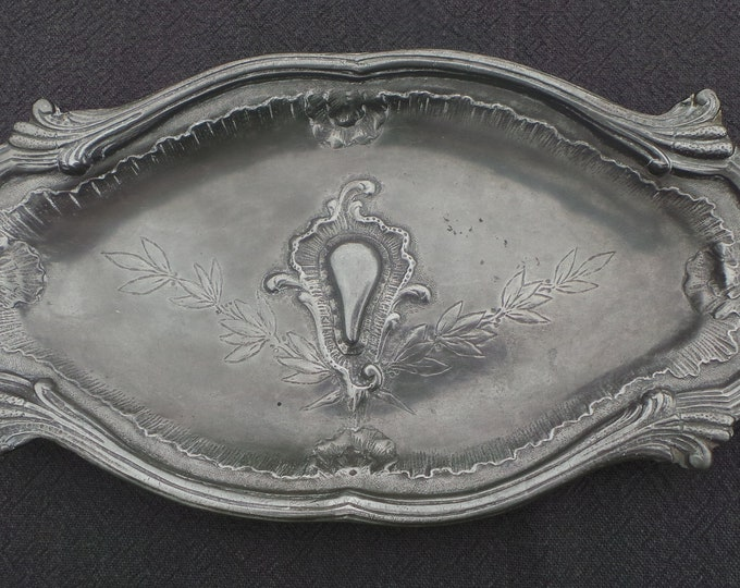 Late 19th Century Pewter Plate Decorated Fully Marked Repousee Heavy Pewter Decorative Plate Design 16th Century